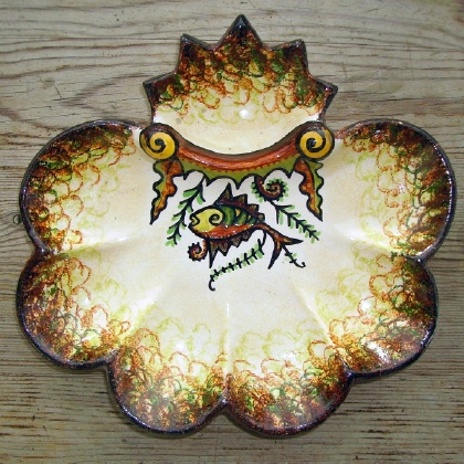 & Antique Quimper majolica oyster plates plate